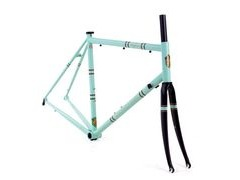 The Light Blue Wolfson Frameset  click to zoom image